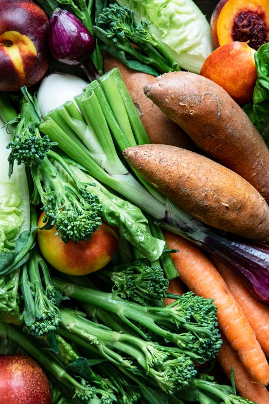 Fresh Organic Mixed Fruit And Vegetables 2QPBAMK